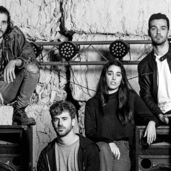 RAÍCES, una historia de rock con las canciones de ÁRBOL